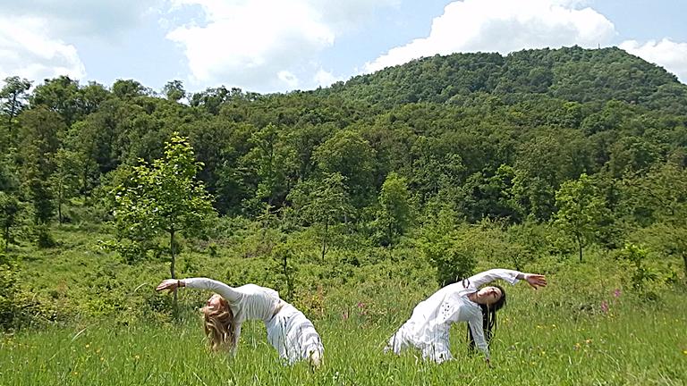 Nők egyensúlyban: amikor a lélek rakja rendbe a testet