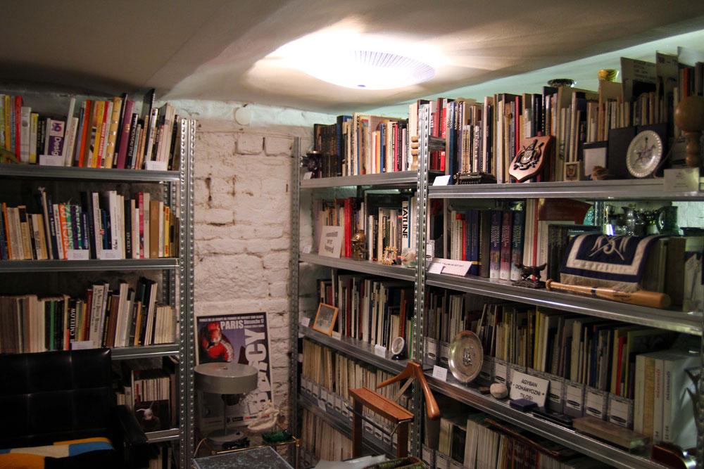 A gyűjteményhez tekintélyes könyvtár is tartozik (Fotó: Badits Marcell)