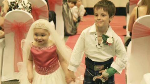 Hozzáment legjobb barátjához a haldokló ötéves kislány