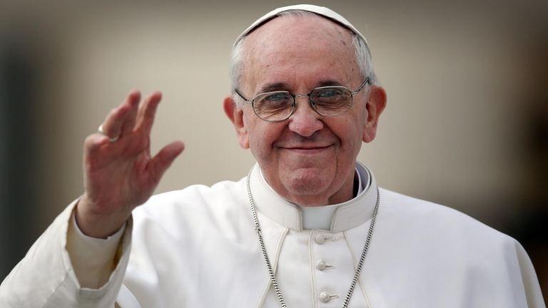 Ferenc pápa a pokolhoz hasonlította a menekülttáborokat