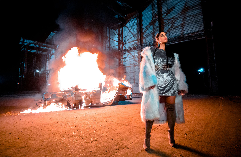 Nagyon tüzes videoklipet forgatott Radics Gigi – fotók