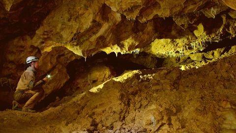 Barlangkutatással töltődik fel Ági, az ötgyerekes anya