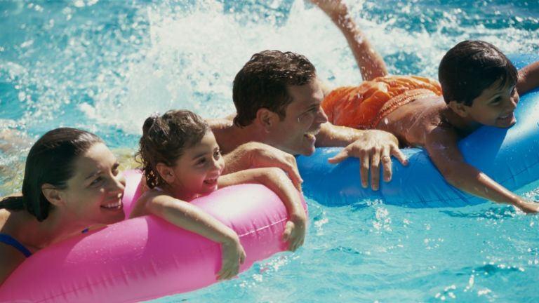 Otthonülők az európaiak: nem nagyon mennek külföldre nyaralni
