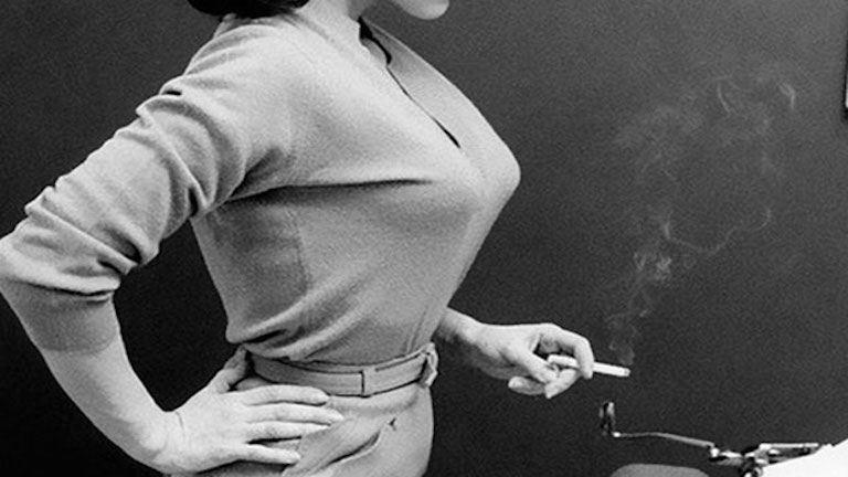 Az 50-es évek hegyes melltartói kiszúrják a szemed