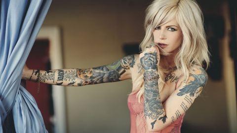Sztárok, titkos tetoválásokkal