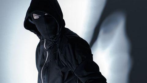 Álarcosok raboltak ki turistákat Párizsban