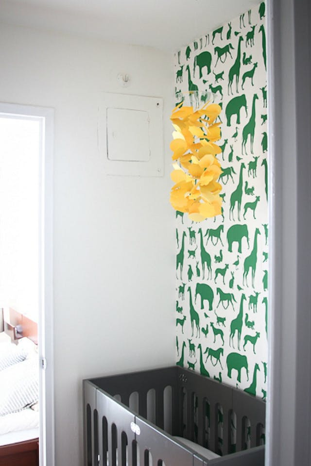 Így csinálj helyet a babaágynak, ha kicsi a lakásod