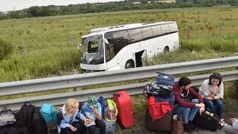 Megdöbbentő részletek az M3-as buszbalesetről