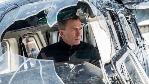 A Batman-trilógia rendezője bejelentkezett egy James Bond-filmre