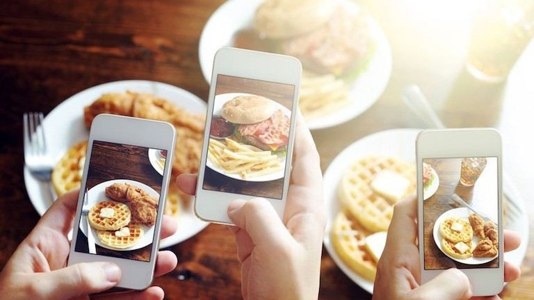 Ebben az étteremben megkönnyítik neked az Instagramra fotózást