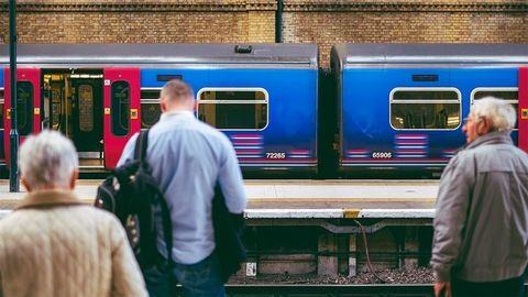 Döbbenet: lassabbak a vonatok, mint 25 éve