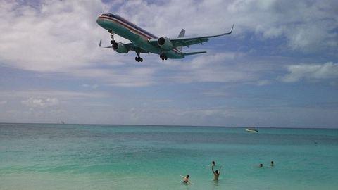 Meghalt egy turista, mert elsodorta egy repülő légáramlata