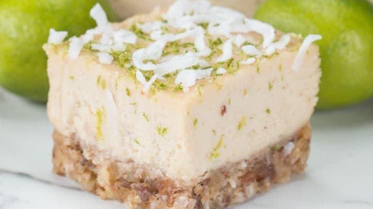 Tejmentes nyári süti: kókuszos-lime-os kockák