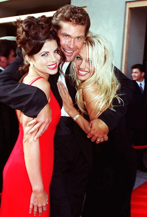Yasmine Bleeth, David Hasselhoff és Pamela Anderson