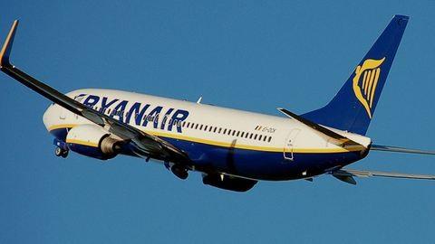 Nagyon durván sikerült a Ryanair gépének a landolása – videó