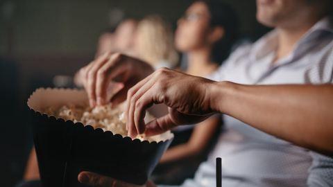 Nyílt levél a moziban körülöttem ülőkhöz