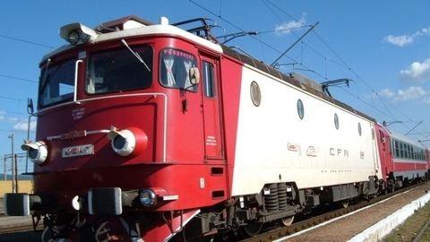 Menet közben kapcsolódtak le a vagonok a román vonatról