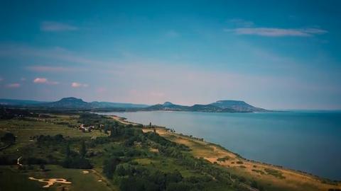 Lélegzetelállítóan gyönyörű drónvideó készült a Balaton-felvidékről