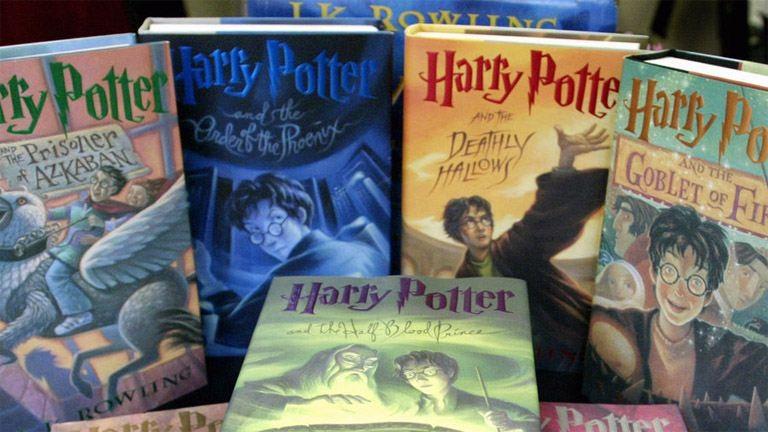 Új Harry Potter-kötetek jönnek októberben