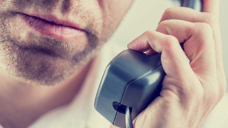 A NAV nevében telefonálnak a csalók