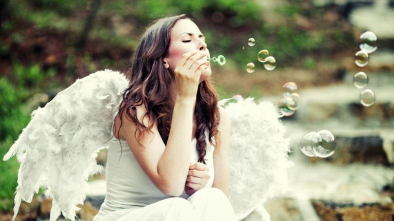 Így kérd az angyalok segítségét és jeleit