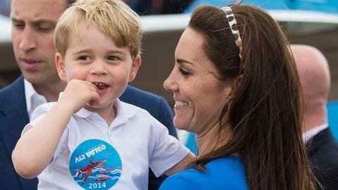 Ezzel a fotóval ünnepli György herceg 4. szülinapját a Kensington-palota