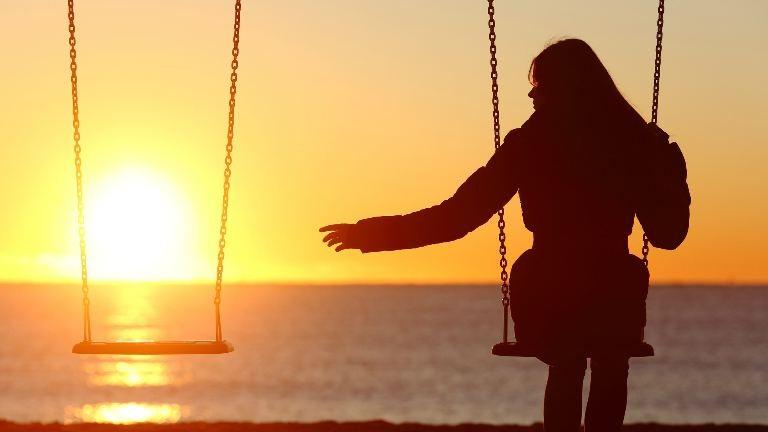 Hogyan kezdd újra, ha összetörték a szíved? – 3 tuti tipp