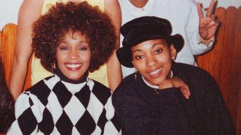 Whitney Houston életét nem a drogok vették el, hanem egy szerelmi háromszög