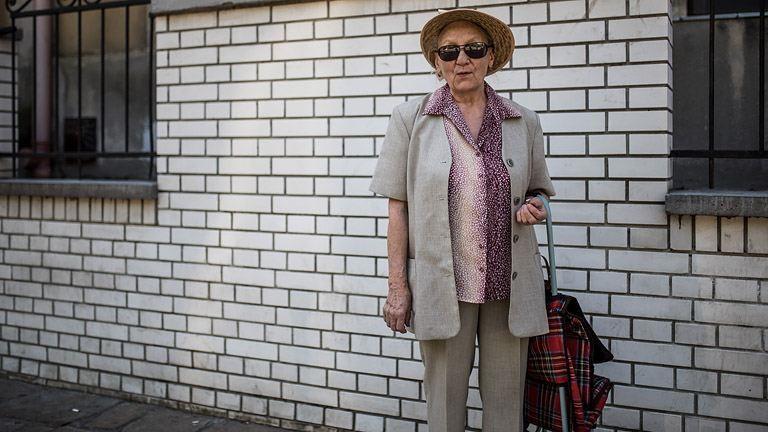 Fotót rólam? De hát én öreg vagyok! – avagy ezért imádok néniket megszólítani az utcán