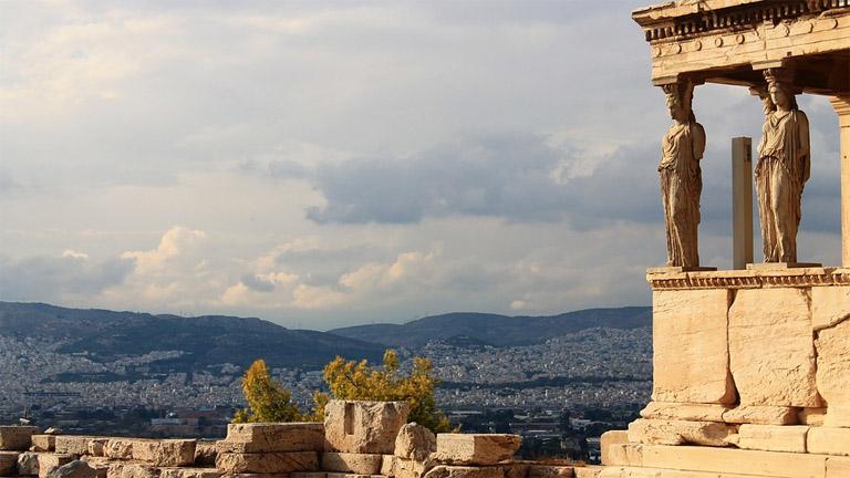 Athénban landolt a repülő