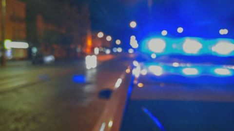 Mentőbe rohant egy autó Miskolcon – egy teljes család került kórházba