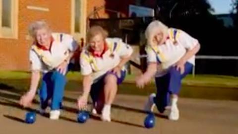 Beyoncé slágerével harcolnak a bowlingklubjukért a nyugdíjas nénik – videó
