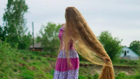 A valódi Rapunzel haja hosszabb, mint amilyen magas vagy