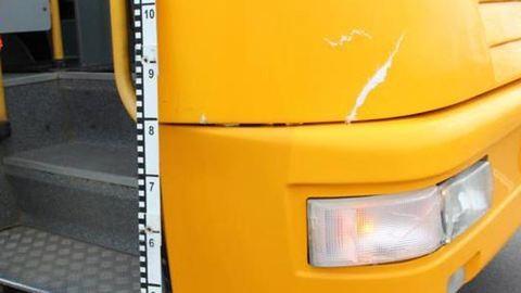Kigyulladt egy busz a 82-es főúton, 43-an utaztak rajta