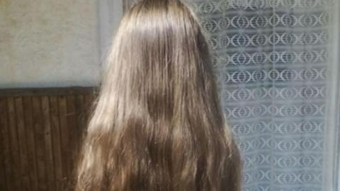 Netes hős lett a magyar kislány, aki beteg gyerekeknek ajánlotta a haját