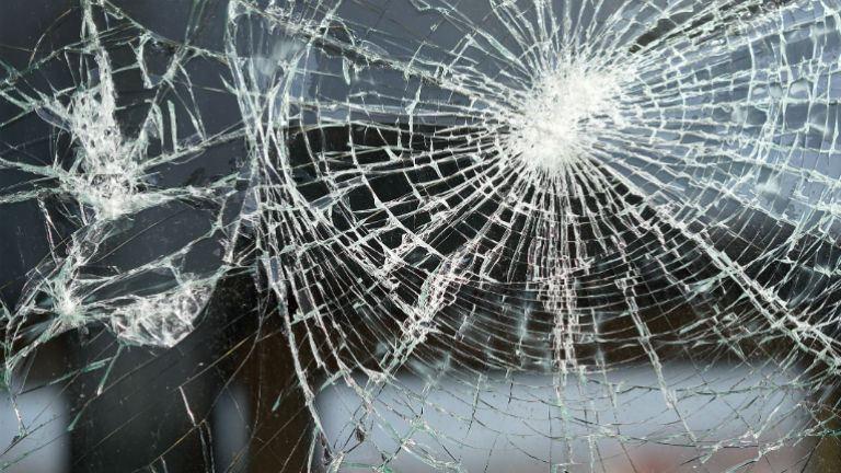 Mentősökre támadt egy részeg férfi Veszprém megyében