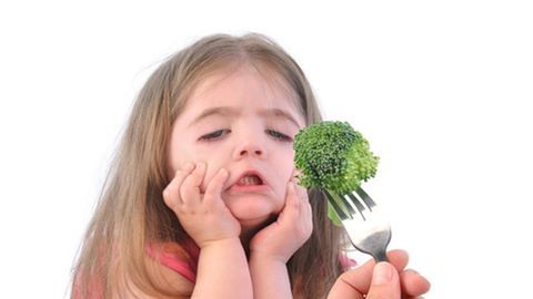 Ételek, amiket a gyerekek a legnevetségesebb okokból nem ettek meg