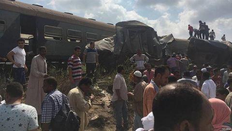Már 49 halott az alexandriai vonatbalesetben