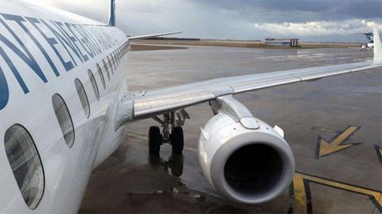 Kényszerleszállást hajtott végre egy gép Ferihegyen, mert meghalt egy utas