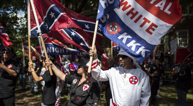 Charlottesville-ben a Ku Klux Klan is tüntetett Lee tábornok szobrának eltávolítása ellen (Fotó: Getty Images)