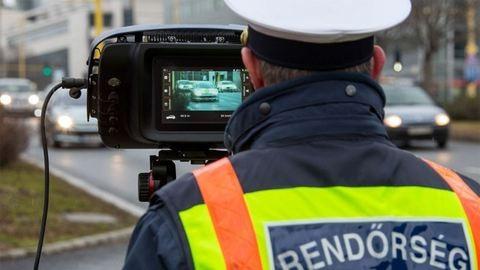 Eddig 57-en kaptak 300 ezres büntető csekket a rendőrségtől