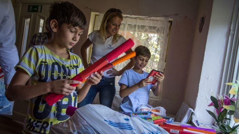 Rászoruló gyerekeknek gyűjt iskolakezdés előtt az Ökomenikus Segélyszervezet