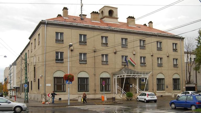 A csepeli rendőrség épülete (fotó: ittlakunk.hu)