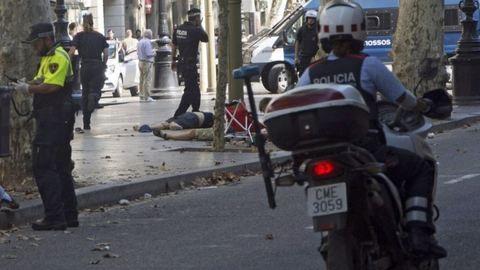 Terror: furgon hajtott a tömegbe Barcelonában