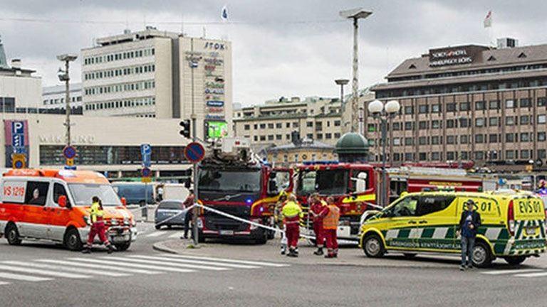 Terrortámadás volt a finnországi késelés