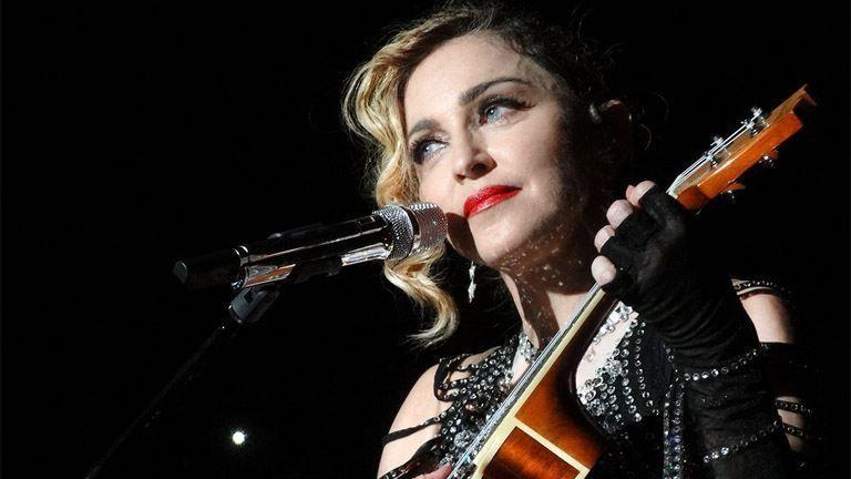 Ritka pillanat: Madonna és összes gyereke egy fotón