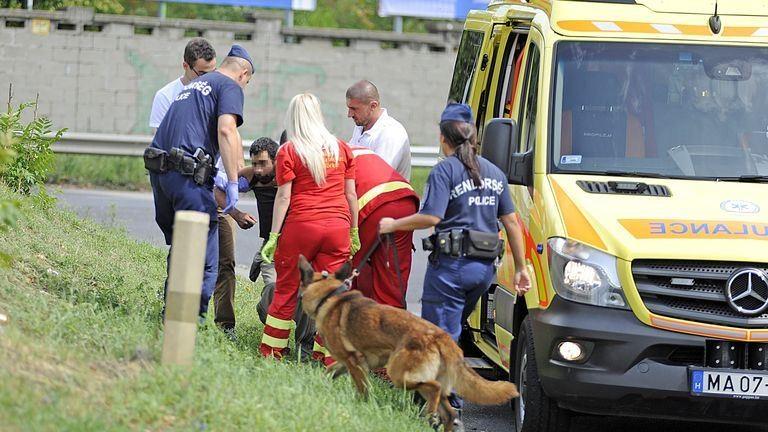 Holttestet találtak a Stadionoknál, több embert mentő vitt el