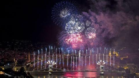 Ilyen volt a tűzijáték Budapesten – fotók