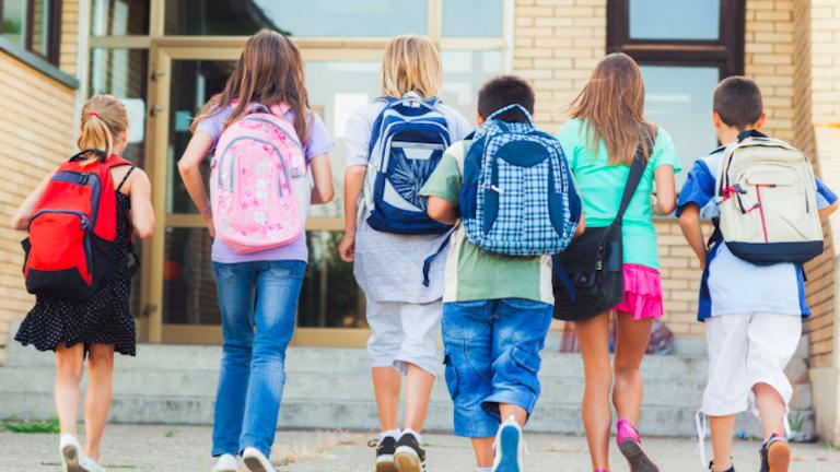 Iskolakezdés: így készítsd fel a gyerekedet rá testben és lélekben