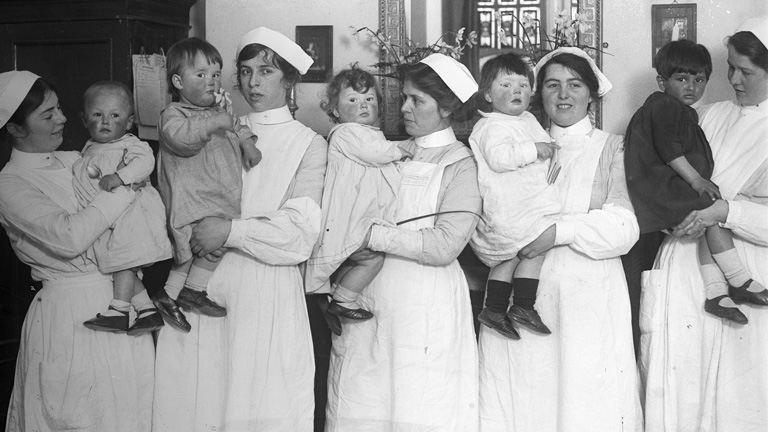 Keressük az ország kedvenc ápolóját!
